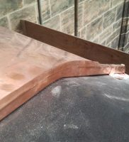 Restaurierung von Bauornamenten / Klempnermanufaktur: Mauerabdeckung Dom