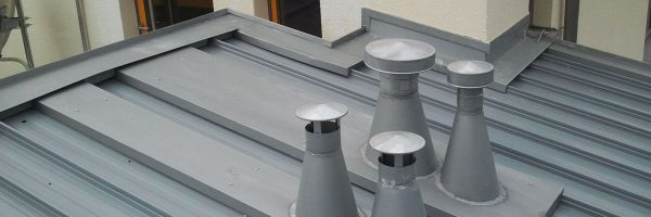 Metalleindeckung: Grundschule Bischberg
