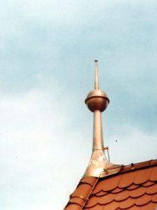 Restaurierung von Bauornamenten / Klempnermanufaktur: Kirche Ampferbach